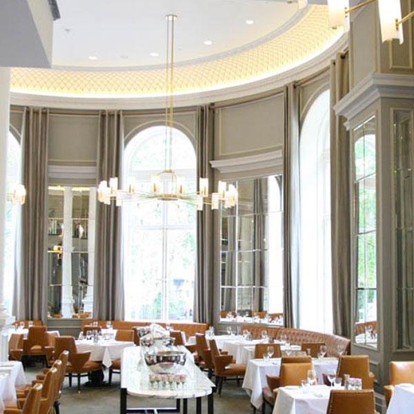 Tende sala moderna gallery of soggiorno con tavolo e - Tende per sala da pranzo ...